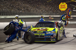 Pit stop for Casey Mears