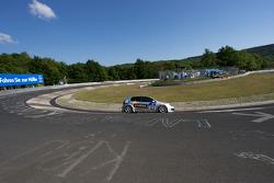 #122 R-Line VW Golf GTI: Thomas Klenke, Kai Jordan, Mario Merten