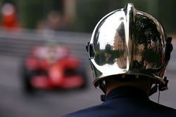 Fire Marshall, Felipe Massa, Scuderia Ferrari