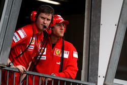 Rob Smedly,, Scuderia Ferrari, Track Engineer of Felipe Massa, Michael Schumacher, Test Driver, Scuderia Ferrari
