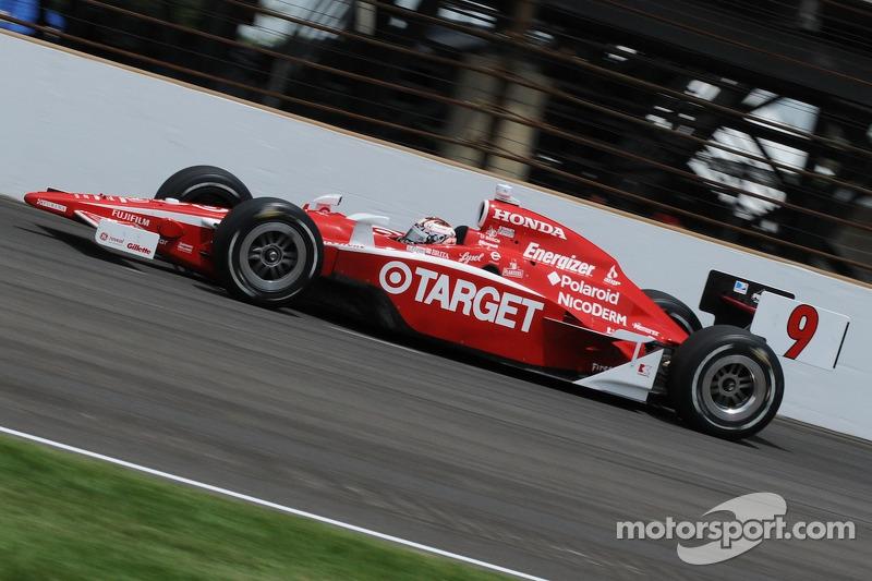 Среди действующих гонщиков рекорд по лидированию в Индианаполисе принадлежит победителю 2008 года Скотту Диксону. За карьеру он лидировал 439 кругов