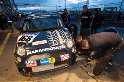 Pit stop for #168 Liqui Moly Team Engstler Fiat 500: Lina van de Mars, Guido Naumann