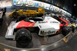 Formula One area: McLaren MP4-5