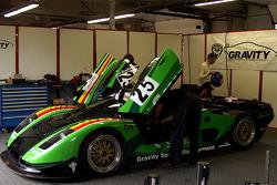 #25 Gravity Racing International Mosler MT 900: Vincent Radermecker, Ron Marchal