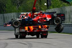 Unfall: Sébastien Bourdais, Scuderia Toro Rosso