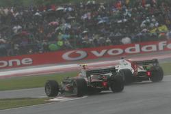 Kamui Kobayashi passes Luca Filippi