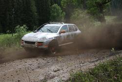 #5 Porsche Russia Team 2 Porsche Cayenne S Transsyberia: Sergey Kvashnin and Alexey Pavlovskiy
