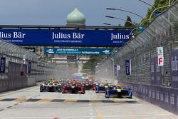 Start: Sébastien Buemi, Renault e.Dams, in Führung
