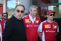 Da sinistra a destra: Sergio Marchionne, Presidente Ferrari e CEO Fiat Chrysler Automobiles, Maurizio Arrivabene, Team Principal Scuderia Ferrari e Kimi Raikkonen, Ferrari