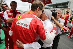 Sebastian Vettel, Ferrari, mit Bernie Ecclestone in der Startaufstellung