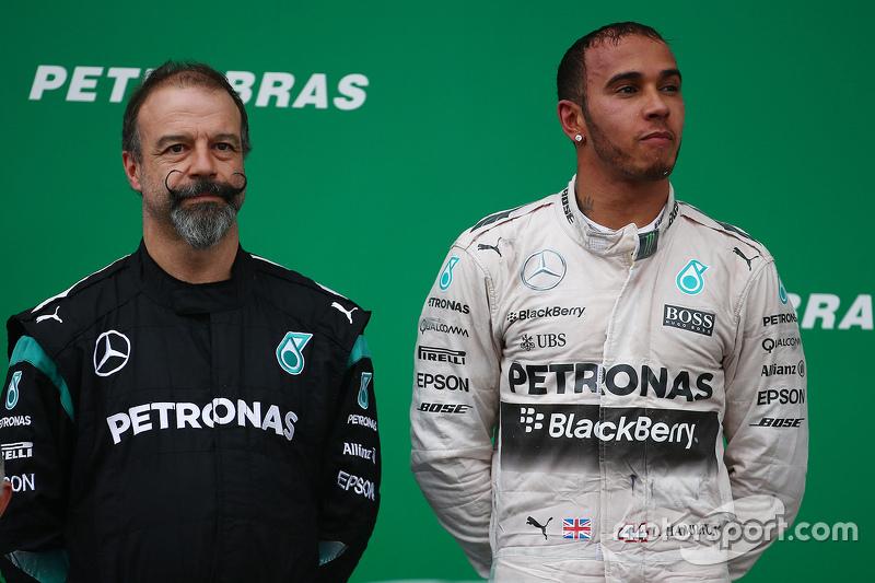 James Waddell, Mercedes AMG F1, mit Lewis Hamilton, Mercedes AMG F1