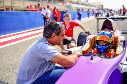 Juan Pablo Montoya? with Tatiana Calderon on the starting grid