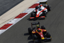 Alexander Rossi, Racing Engineering leads Nicholas Latifi, MP Motorsport