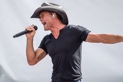Pre-race show with Tim McGraw