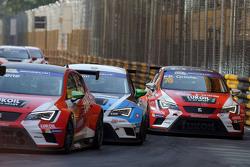 Pepe Oriola, SEAT Leon, Team Craft-Bamboo LUKOIL, dan Stefano Comini, SEAT Leon, Target Competition
