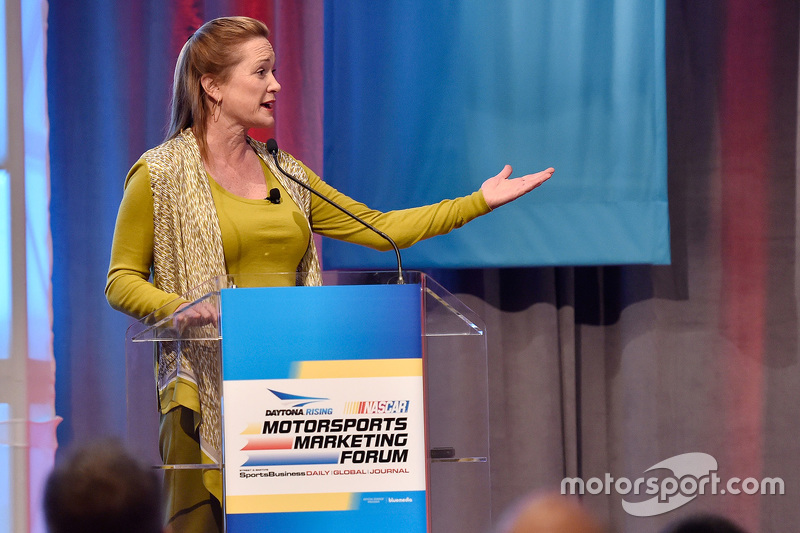 Lesa France Kennedy, International Speedway Corporation, Geschäftsführerin