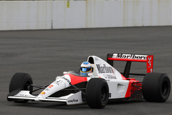 Fernando Alonso drives the 1991 McLaren Honda MP4/6