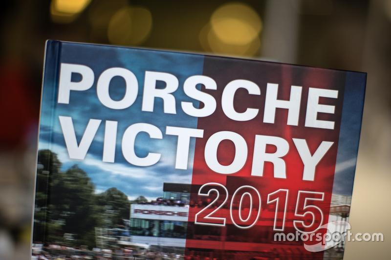 Porsche Victory 2015 book by René de Boer and Tim Upietz