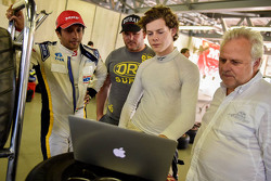 Harrison Newey and Narain Karthikeyan