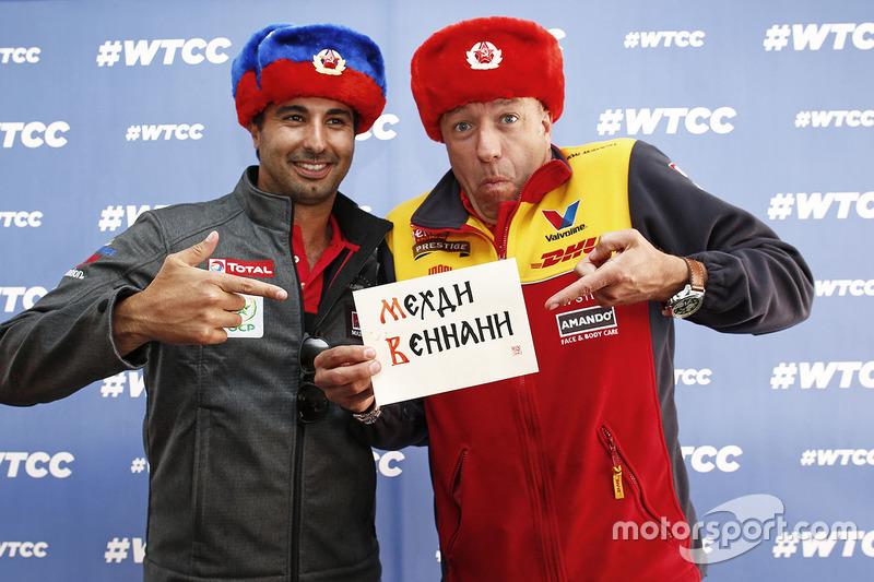 Mehdi Bennani, Citroën C-Elysee WTCC, Sébastien Loeb Racing, dan Tom Coronel, Chevrolet RML Cruze TC1, ROAL Motorsport