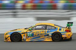 #97 特纳车队 宝马M6 GT3:迈克尔·马绍尔、马库斯·帕塔拉、马克西姆·马丁,杰西·克罗恩