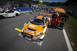 #24 kfzteile24 MS RACING Audi R8 LMS ultra: Флоріан Штолль, Марк Бассенг