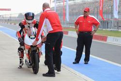 Danny Webb, Mahindra MGP30, e Mufaddal Choonia, Mahindra Racing SPA CEO