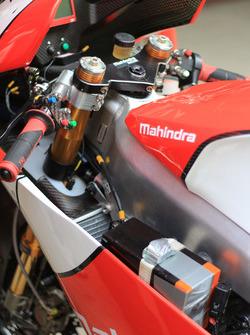Mahindra MGP30 detalle