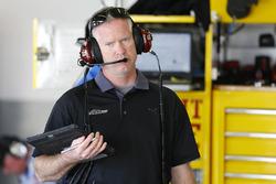 Bob Osborne, crew chief for Chris Buescher, Front Row Motorsports Ford