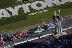 Рестарт: Чейс Елліотт, JR Motorsports Chevrolet лідірує