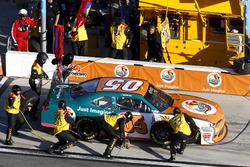 Pit stop John Wes Townley, Athenia Motorsports Chevrolet
