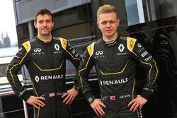 Jolyon Palmer, Renault Sport F1 Team con Kevin Magnussen, Renault Sport F1 Team