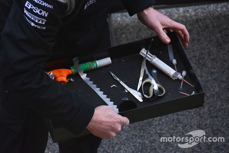 Mercedes AMG F1, meccanici a lavoro