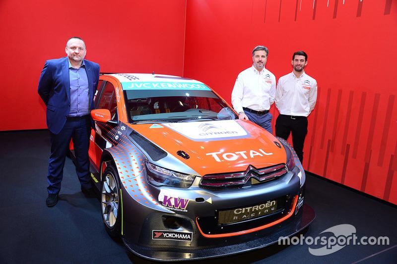 Yvan Muller, José María López e Yves Matton con el Citroën C-Elysee WTCC, Citroën World Touring Car team 2016