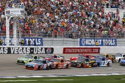 Start: Kyle Busch, Joe Gibbs Racing Toyota führt