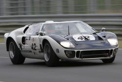 42-Lecou, Barge, Sarrazin-Ford GT40 1965