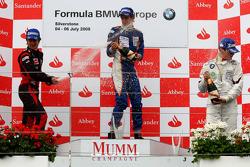 Podio: Ganador de la carrera Esteban Gutiérrez, Josef-Kaufmann-Racing, segundo lugar Pedro Bianchini, FMS International, tercer lugar Adrien Tambay, Eifelland Racing