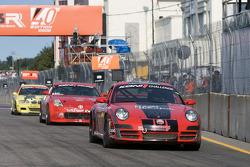 #20 Motorsport Technology Group Porsche 997: Michael Auriemma, John Mayes heads to the starting grid
