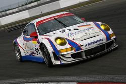 #91 Farnbacher Racing Porsche 997 GT3 RSR: Lars Erik Nielsen, Allan Simonsen, Richard Westbrook