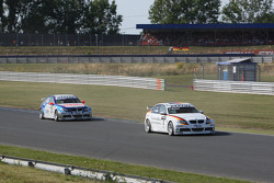 Jorg Muller, BMW Team Germany, BMW 320si, Stefano d'Aste, Proteam Motorsport, BMW 320si