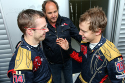 Sébastien Bourdais, Scuderia Toro Rosso; Gerhard Berger, Scuderia Toro Rosso, Teammitbesitzer; Sebastian Vettel, Scuderia Toro Rosso
