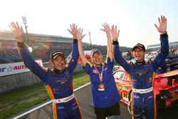 Les vainqueurs GT300, Manabu Orido et Tsubasa Abe