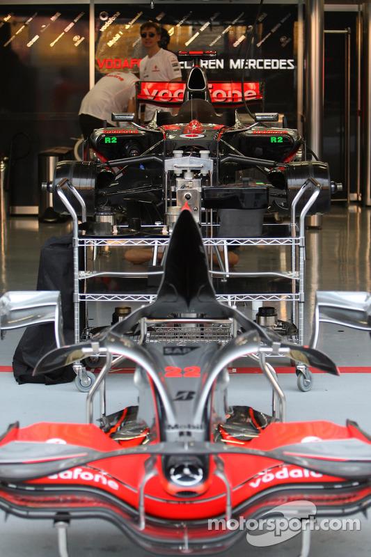 Le garage mclaren mercedes grand prix de singapour for Garage mercedes garges les gonesse
