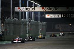 Jarno Trulli, Toyota F1 Team, Kazuki Nakajima, Williams F1 Team, Fernando Alonso, Renault F1 Team