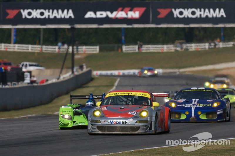 #45 Flying Lizard Motorsports Porsche 911 GT3 RSR: Jorg Bergmeister, Wolf Henzler, Marc Lieb