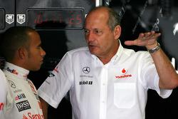 Lewis Hamilton, McLaren Mercedes, Ron Dennis, McLaren, Team Principal, Chairman
