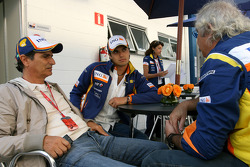 Nelson A. Piquet, Renault F1 Team with his father Nelson and Flavio Briatore, Renault F1 Team, Team Chief, Managing Director