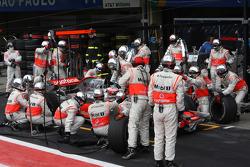 Heikki Kovalainen, McLaren Mercedes, Pit Stop