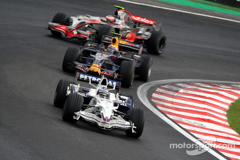 Nick Heidfeld, BMW Sauber F1 Team, F1.08 y Mark Webber, Red Bull Racing, RB4