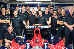 Sébastien Bourdais and crew members